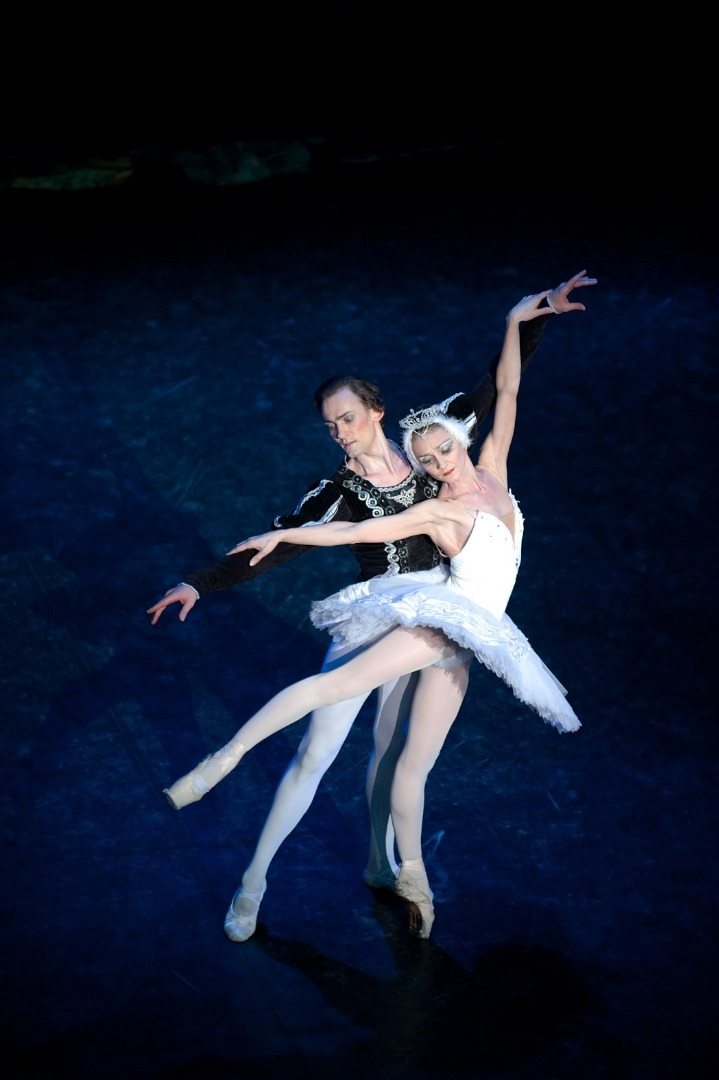 Iconic Swan Lake glides into Chester this January