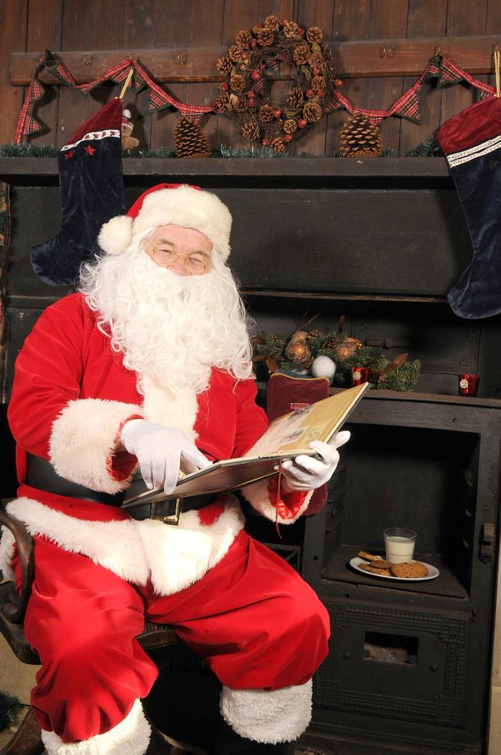 Christmas comes to Cheshire