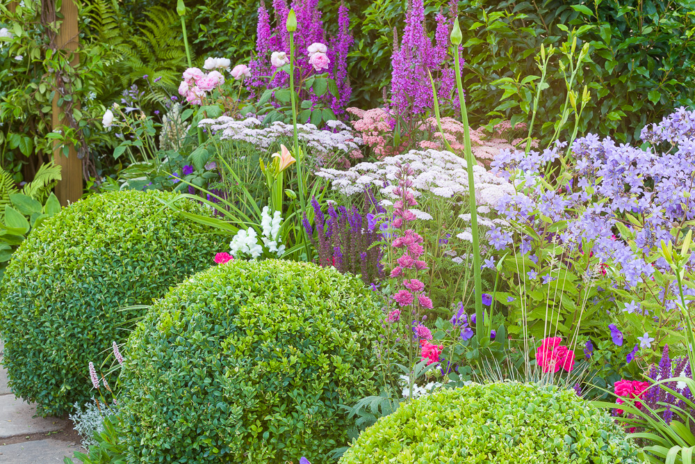 Cheshire's gardens scoop silver gilt and silver medals at RHS Tatton